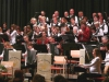 Das Orchester, der Chor und die Schülerinnen und Schüler